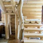 Roubené schodiště s habrem