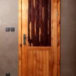 Dveře z kůry