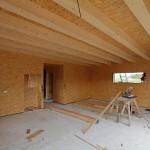 Příprava na hliněné omítky v moderní dřevostavbě