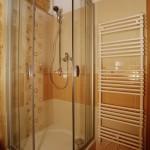 Sprchový kout v dřevostavbě