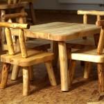 Dětský přírodní nábytek