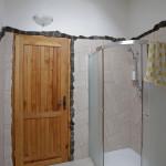 Lem z přírodního kamene v koupelně