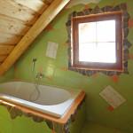 Veselá koupelna ve srubu